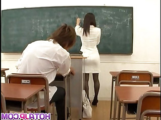 Miho Kanda bonked at school