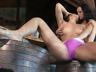Lesbian Bar Sex Viv Thomas HD