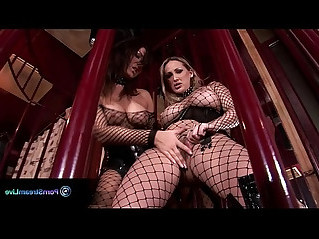 Fiery performers maria bellucci and mandy bright getting down and dirty