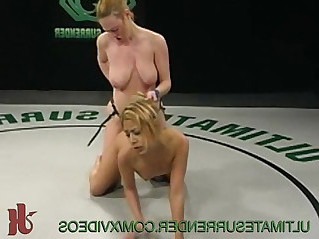 Female wrestler fucks the loser